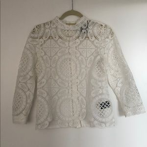 White lace/crochet mock-neck t with button back